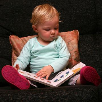 girl reading.jpg